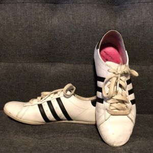 ** 4 FOR $25 ** Adidas sneakers, size 7